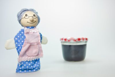 「もったいないばあさん」~おばあさんの顔が迫力満点!~