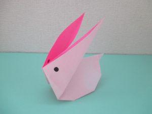 折り紙でうさぎの折り方。簡単に立体のかわいいウサギが作れます。