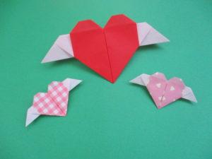 折り紙でハートの折り方。羽つきで簡単に幼稚園児でも折れたよ♪