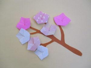 の 折り紙 桃 花