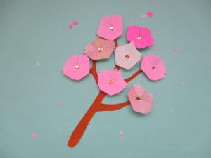 折り紙で桜の折り方。簡単に平面の桜でお花見しよう♪
